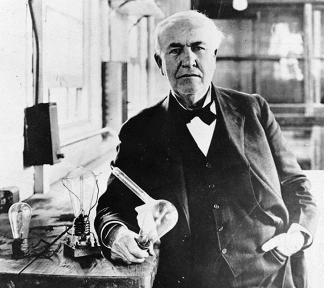 inventore della lampadina : Thomas Edison invent? la lampadina, Philips ed Apple provano a ...