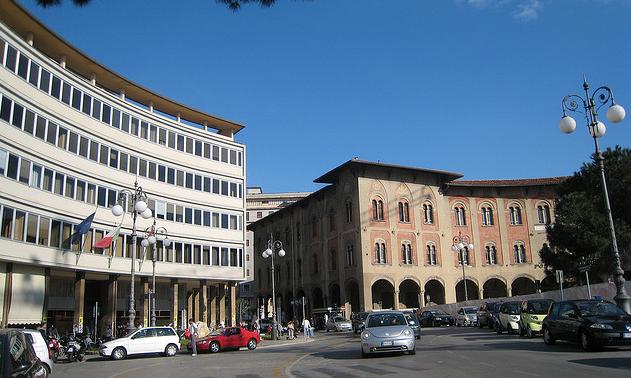Tifosi del Pisa Calcio in Piazza