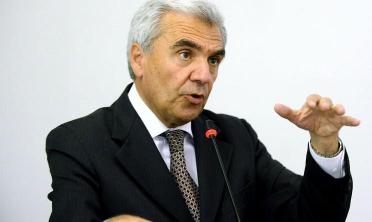 Ministro Balduzzi Sigaretta Elettronica