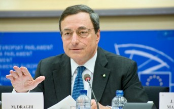Mario Draghi compie un anno al vertice della BCE
