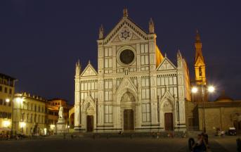 La croce di Mimmo Paladino a Firenze: installazione choc