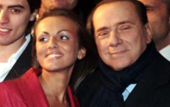 Silvio Berlusconi di nuovo padre? Il pancino della Pascale desta sospeti