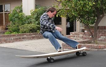 Differenza tra longboard e skateboard