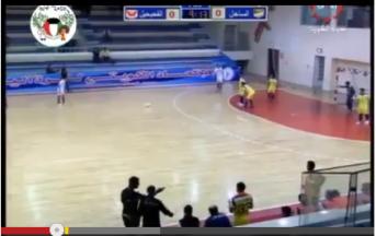 Video: incredibile schema da calcio di punizione