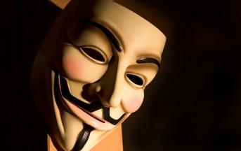 Giornalista accusato di aver aiutato Anonymous