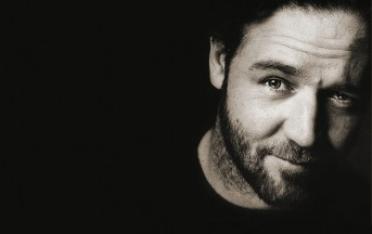 Russel Crowe Filma Un UFO: ecco il Video