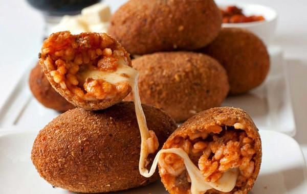 Dove mangiare i migliori suppl al telefono a roma urbanpost for Mangiare tipico a roma