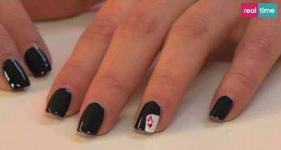 card accent nail art