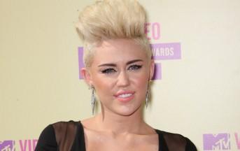 Miley Cyrus e l'apologia delle droghe, sempre più trasgressiva (Video)
