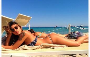 """Belen Rodriguez: vacanze """"bollenti"""" in Sardegna con il micro-bikini"""