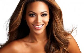 Beyoncè contro H&M: no all'utilizzo di Photoshop per correggere le sue curve