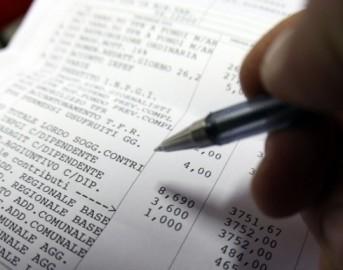 Tasse stipendi in Italia: i lavoratori del Bel Paese tra i più tassati al mondo [GRAFICI]