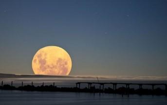 """In arrivo la """"Super Luna Rosa"""", più grande e brillante, domenica 23 giugno"""