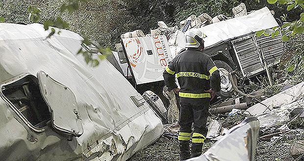 incidente bus irpinia 28 luglio 2013