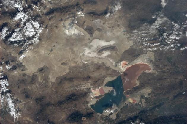 lago salato spazio