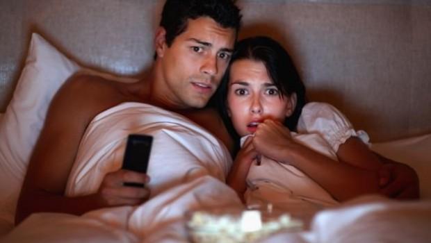 Dormire-con-smartphone-e-tablet