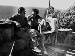 Luchino Visconti e Suso Cecchi d'Amico ad Ischia nella residenza la colombaia