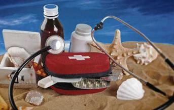 Il kit di pronto intervento da mettere in valigia per le vacanze