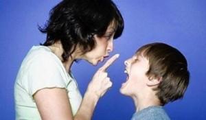 bambini aggressivi