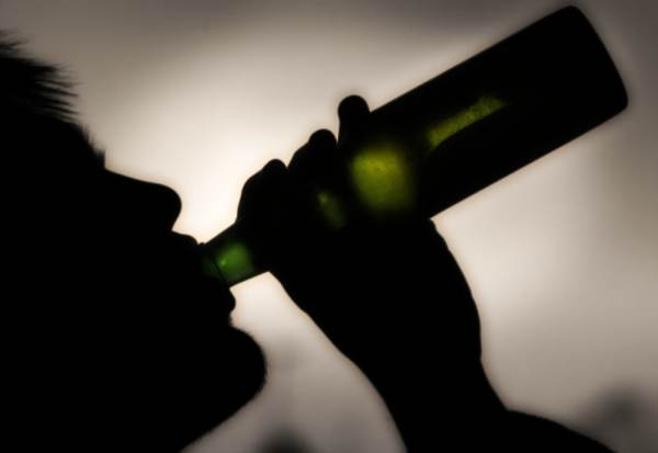 Bere in un sogno del marito di ubriaco