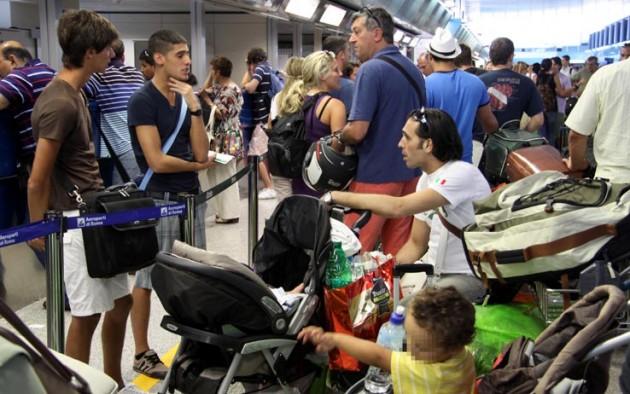 Bagaglio a mano sui voli low cost poche importanti regole for Emirati limite di peso del bagaglio a mano