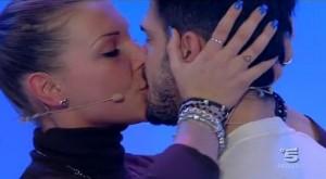 Cristian Galella non sopporta che Tara Gabrieletto venga corteggiata