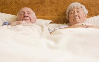 Chi dorme poco è a maggior rischio di Alzheimer