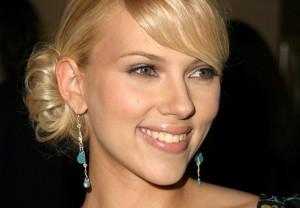 Scarlett Johansson dichiarazioni su monogamia e tradimento