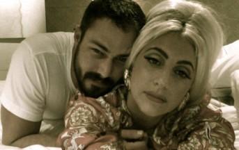Lady Gaga, Taylor Kinney saluta la sua fidanzata con una bella 'mano morta'