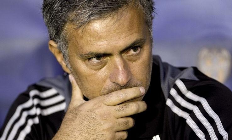 Mourinho e benitez scontro a distanza mou risponde alla for Intervista benitez