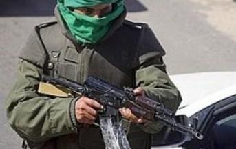 Tripoli: i miliziani sparano sulla folla