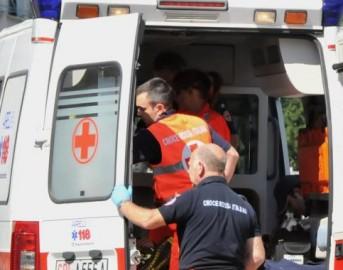 Roma, grosso albero crolla su tre auto in transito: paura in Piazza delle Cinque Giornate