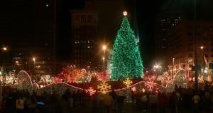 Città festeggia in anticipo il Natale