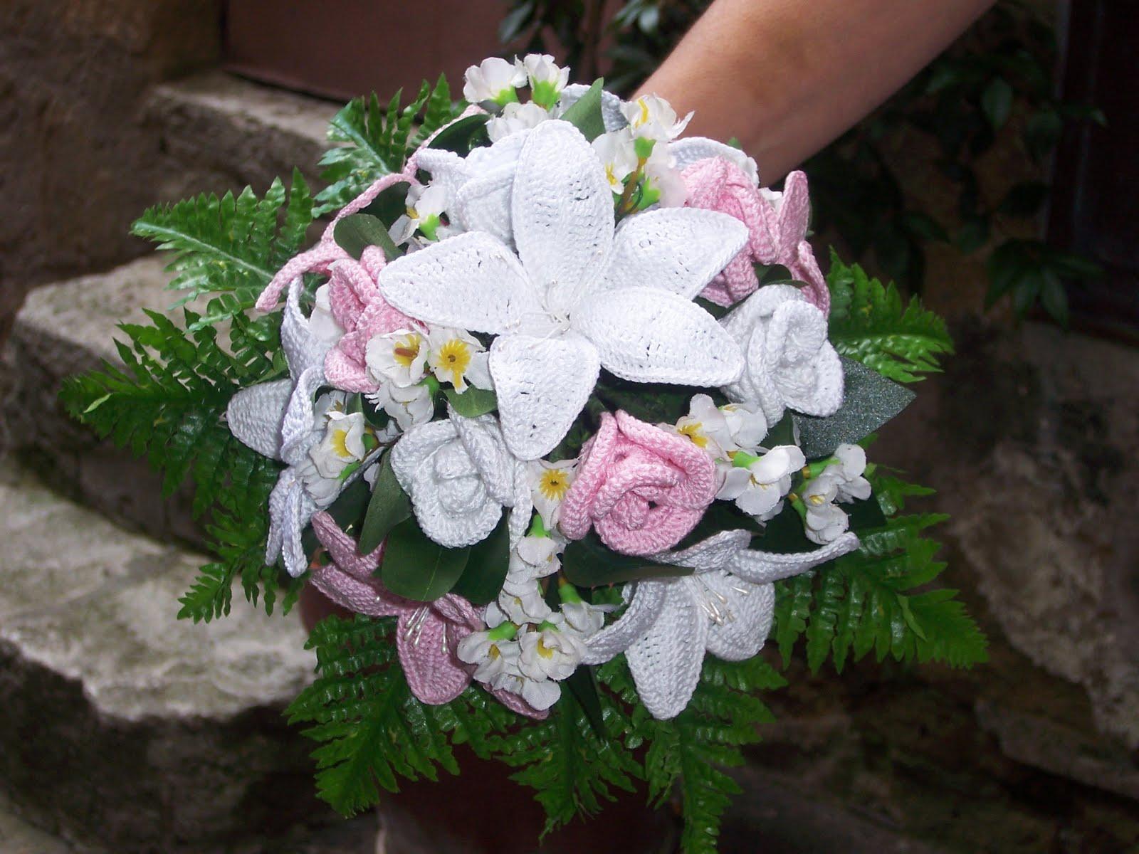 Bouquet Sposa Uncinetto.Matrimoni Il Bouquet All Uncinetto Fa Tendenza Urbanpost