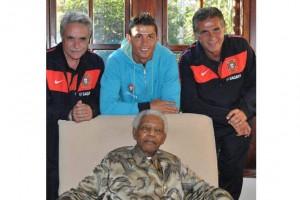 Nelson Mandela e Cristiano Ronaldo2