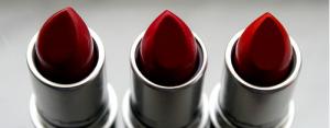 rossetto rosso regalo natale