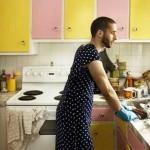 uomo casalingo disperato