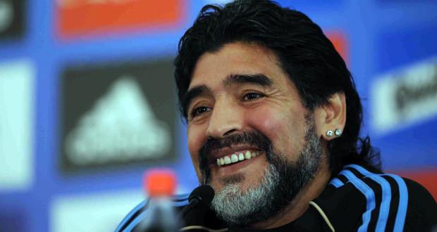 Dall'Argentina - Maradona in isolamento: un suo assistente presenta i sintomi del Covid-19
