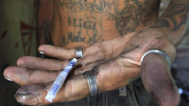 Droga del cannibale la sostanza stupefacente che - Sali da bagno droga effetti ...