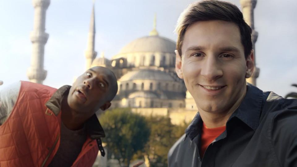 selfie di kobe-bryant-lionel-messi