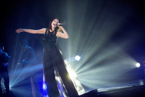 laura pausini esibizione world tour