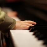 piccolo genio al pianoforte