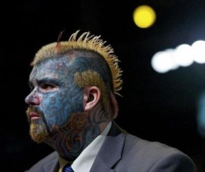 uomo tattoo King of Ink