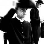 sacerdoti con abito talare