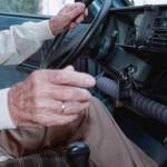 Anziano guidava senza patente