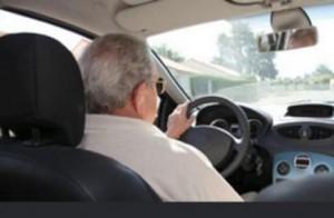 Anziano senza patente