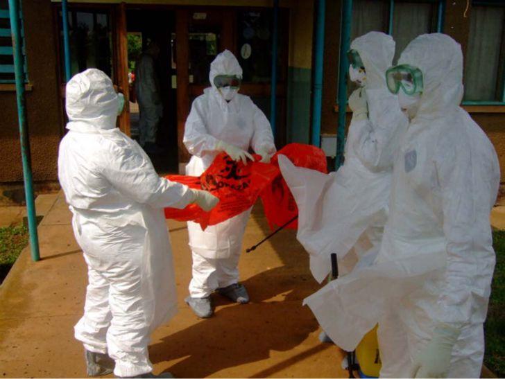 Ebola parla per