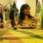 amici al tavolo