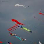 aquiloni colorati nel cielo della riviera romagnola