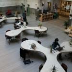 coworking tavoli bianchi